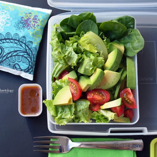 BLT inspired salad with avocado and spinach and a yummy balsamic dressing