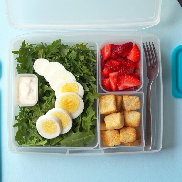 Portion Perfect Salad with Arugula and Strawberries
