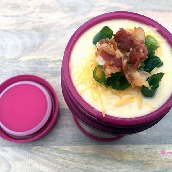 Guest blog post by Simply Delish Eats Cauliflower Soup with Cheese, Bacon, Onion, in a bento jar lunch