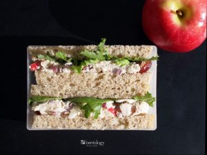 Healthy Lunch Ideas for Work_chicken salad with yogurt, fruit, and lemon
